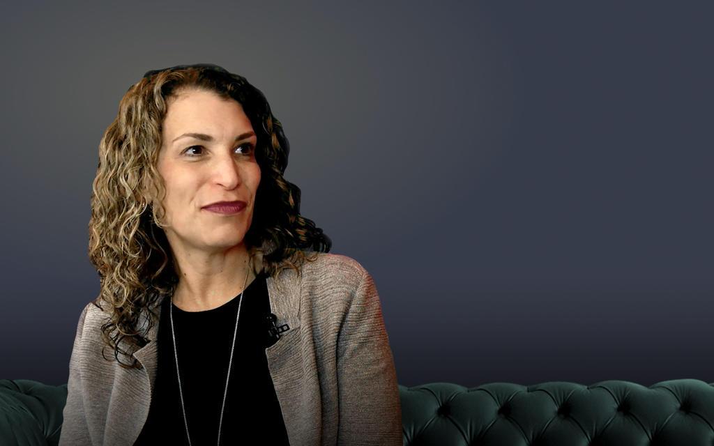 speaker Lisa Smith